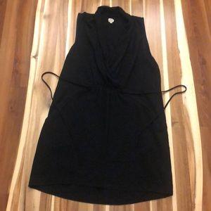 Sleeveless Black Wilfred dress